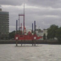Oil Found under Thames